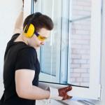 Ставимо пластикові вікна: від замірів і замовлення до монтажу та кріплення